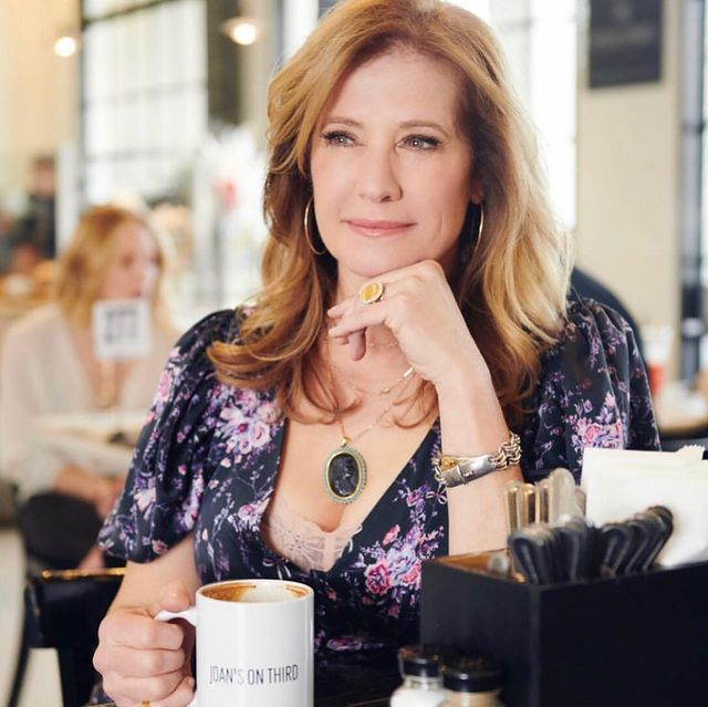 Nancy Travis net worth